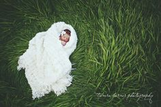 Outside Newborn Photography | ... photographer. DFW baby photography. Dallas metro area newborn baby