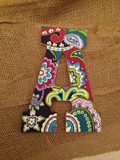 8 Hand Painted Wooden Letter Vera Bradley by KindaSouthern Wooden Alphabet Letters, Painted Initials, Alphabet Letter Crafts, Painting Wooden Letters, Fancy Letters, Diy Letters, Painted Letters, Painting On Wood, Hand Painted