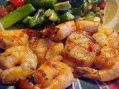 la table en fête : Délicieuse recette de pétoncles et crevettes grillés sur bbq