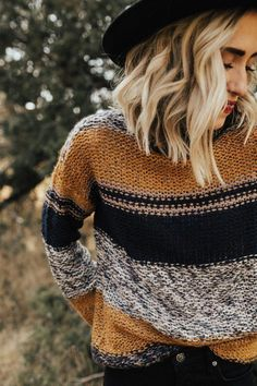 cute casual fall look - style fall fashion - autumn - inspiration - idea - ideas - sweater - hat - trendy - turtleneck - cold weather Style Outfits, Cute Outfits, Fashion Outfits, Womens Fashion, Outfits 2016, Fashion Advice, Fall Winter Outfits, Autumn Winter Fashion, Winter Clothes