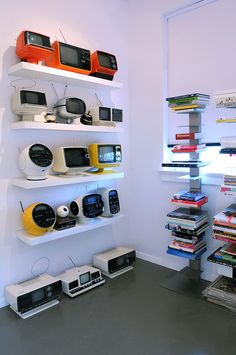 Bryce Hudson's Studio - Random Room with Space Age TV and Space Age Electronics Collections by brycehudson Futuristic Design, Vintage Tv, Space Age, Retro Futurism, Built In Storage, Mid Century Design, Architecture, House Design, Interior Design