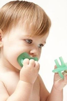 The Molar Muncher is a pacifier that soothes the entire gum line simultaneously.