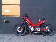 Peugeot c'est fini doods Custom Moped, Custom Motorcycles, Custom Bikes, Indian Motorcycles, Custom Choppers, Vintage Motorcycles, Peugeot, Bagger Motorcycle, Motorcycle Design