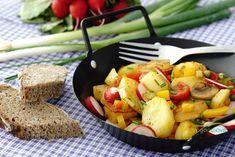Bauernpfanne vegan mit Kartoffeln und Radieschen