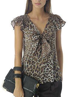 Blouse Patterns, Clothing Patterns, Blouse Designs, Big Girl Fashion, Womens Fashion, Modelos Fashion, Animal Print Fashion, Animal Prints, Couture