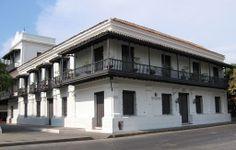 La Casa de la Aduana, (también conocida como: Museo del Oro, Casa Simón Bolívar, Museo Tayrona) es un museo regional sede del Museo del Oro, que es parte del Banco de la República de Colombia. Es la primera edificación que se construyó en el continente americano en el año 1531.