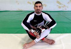 Tréningové techniky MMA pod vedením Attilu Végh – Diel 1. Mma Training, Wetsuit, Sports, Swimwear, Fashion, Scuba Wetsuit, Hs Sports, Bathing Suits, Moda