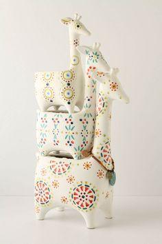 Giraffe Stackpots: Earthenware set of 3, $128 #Pot #Giraffe