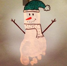 Children's Christmas cards, children's crafts, nursery ideas, snowman craft, foot print snowman