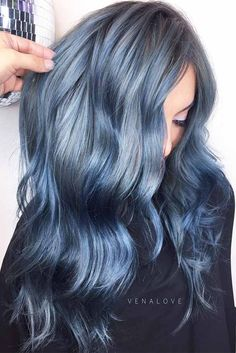 Ideas of Winter Hair Color in Soft Blue Shades for Amazing Look Picture 2