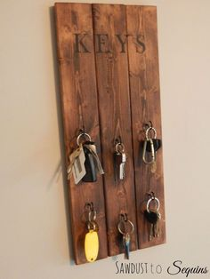 I have had the problem for quite some time now with too many keys in my house. I don't really know where they all came from, I just know there are a lot! I cam…