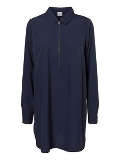 Long nursing top - fits perfect together with a pair of jeans