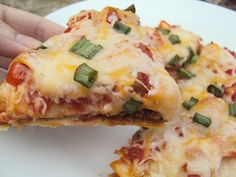 Copycat Taco Bell Mexican Pizza- YUM! Cole will love this!