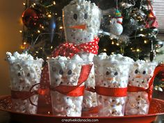 Snowman Popcorn Cups. Fun for a class party.