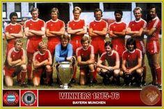 Bayern Munich, Campeón de la Champións League, temporada 1975-1976 tras vencer en la final en Hampder Park de Glasgow al St Etienne de Francia 1 a 0. Fueron semifinalistas el PSV de Eindoven , Holanda y ek Real Madrid de España.