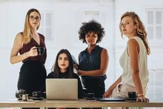 V týchto krajinách majú ženy najlepšie podmienky na podnikanie - Akčné ženy Business Women, Online Business, Business News, Latino Men, Jobs, White People, White Man, Ladies Day, 5 Ways