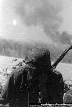 """Totenkopf"" Original Photos - 2. Kompanie Germany Ww2, German Uniforms, War Photography, German Army, Panzer, Luftwaffe, Military History, World War Two, Wwii"
