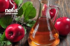 Apple Cider Vinegar is used as a detox because of its properties that remove toxins from the body.Heres a recipe for an apple cider vinegar detox drink. Apple Cider Vinegar Remedies, Apple Cider Vinegar For Hair, Apple Cider Vinegar Benefits, Candida Albicans, Home Remedies, Natural Remedies, Health Remedies, Healthy Dinner Recipes, Healthy Snacks
