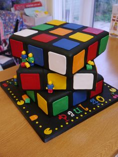 Rubiks cube cake with Lego and Pacman