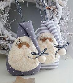 Molde do papai noel deitado para fazer lindos enfeites para o natal. Felt Christmas Decorations, Felt Christmas Ornaments, Christmas Gnome, Diy Christmas Gifts, Christmas Projects, Handmade Christmas, Navidad Diy, Christmas Makes, White Christmas