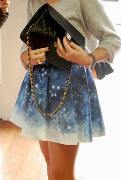 starry night skirt and Chanel Galaxy Fashion, All Fashion, Skirt Fashion, Fashion Looks, Fashion Trends, Summer Outfits, Cute Outfits, Teenager Outfits, Style And Grace