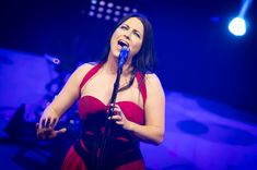 Amy Lee Evanescence Synthesis tour 2018