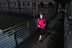 BTSV Urban Running Photoshoot for Gore-Tex in Germany by Lars Schneider - ISO 1200 | Photography Video blog for photographers