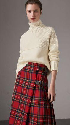 Свитер из кашемира с отворачивающимся воротником (Естественный Белый) - Для женщин | Burberry