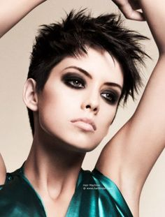 Choppy short hairstyle with soft