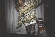 badass, blonde, fashion, film, girl, hipster, indie, jersey, jumper, knitted, oversized, retro, ripped stockings, ripped tights, style, sweater, vintage