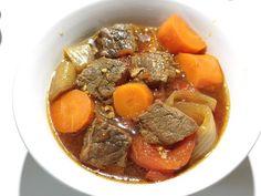 紅燒牛肉 燉牛肉 *電鍋料理 Rice Cooker Recipes, Asian Recipes, Ethnic Recipes, Beef Steak, Steaks, Chinese Food, Pot Roast, Food And Drink, Low Carb