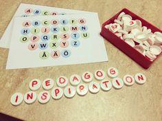 Förskolan ska lägga stor vikt vid att stimulera varje barns språkutveckling och utifrån våra barnens stora intresse kring bokstäver och sitt egna namn så har jag med hjälp utav återvunnet material …