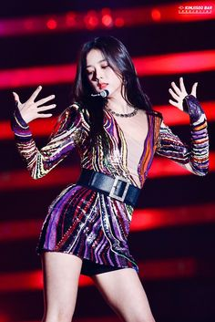 Krissie Kreate's statistics and analytics Kpop Girl Groups, Korean Girl Groups, Kpop Girls, Blackpink Jisoo, Kim Jennie, Yg Entertainment, K Pop, Divas, Blackpink Fashion