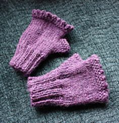 Child-sized fingerless gloves for little monkeys who want to keep warm hands, but full mischief-potential of the fingers!