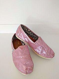 112931e55d3c TOMS Classic Sparkle Pink Espadrilles Shoes Slip-on Size Womens 6  fashion   clothing
