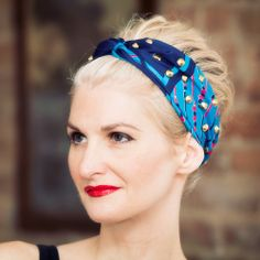 "Create a cute and trendy Studded Turban with this ""no sew"" DIY tutorial."