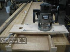 If you don't mine a little extra work, you can save money on lumber by buying it rough. For example surfaced lumber is 1 thick because it has been smoothed on both sides. Rough lumber w. Woodworking Power Tools, Woodworking Projects That Sell, Woodworking Guide, Router Woodworking, Woodworking Techniques, Custom Woodworking, Wood Router, Router Jig, Router Table