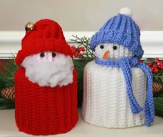 Simple Santa and Snowman TP Toppers Crochet Pattern. Holidays are usually… Crochet Crafts, Yarn Crafts, Crochet Projects, Knit Crochet, Free Crochet, Snowman Crafts, Christmas Crafts, Crochet Christmas, Xmas
