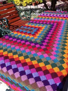 Crochet Afghahn Blanket http://etsy.me/xBFIWa