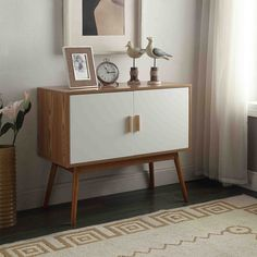 Console Table - A Collection by Anglina - Favorave