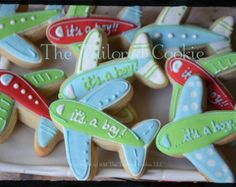 Airplane baby shower cookies!