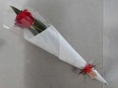 roses | bouquets | single rose | gift baskets | gold coast flowers Single Flower Bouquet, Flowers Roses Bouquet, Hand Flowers, Mothers Day Flowers, Rose Bouquet, Single Flowers, Gift Flowers, Valentine Flower Arrangements, Valentines Flowers
