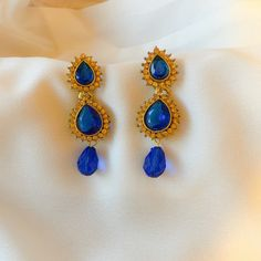 Blue and Golden Diamond Bollywood Earring Fashion Set.