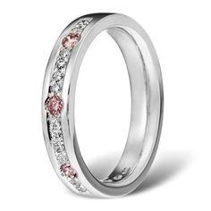 Valkokultaa,12x0,009ct:n timanttia+3 pinkkiä timanttia.