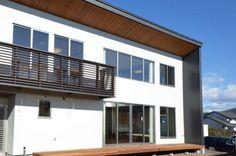 南面外観(『六供後の家』門型ファサードのモダン住宅) - 外観事例|SUVACO(スバコ)