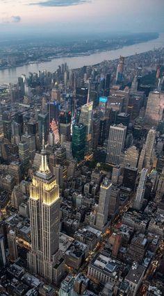 New York Wallpaper, City Wallpaper, New York Life, Nyc Life, City Aesthetic, Travel Aesthetic, City Vibe, Dream City, Concrete Jungle