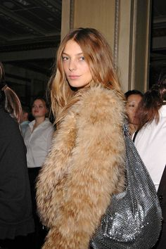 Daria Werbowy in fur.