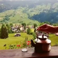 Grindelwald, Switzerland (This is a gif image) Aesthetic Photography Nature, Nature Photography, Fresco, Random Gif, A Cinderella Story, A Discovery Of Witches, Loose Leaf Tea, Amazing Nature, Best Funny Pictures