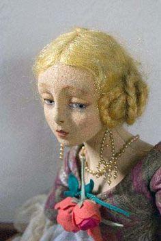 i just love Lenci doll!