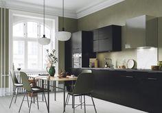 Kjøkkentrender 2021 | Byggmakker - Byggmakker Conference Room, Kitchens, Table, Furniture, Home Decor, Modern, Decoration Home, Room Decor, Kitchen